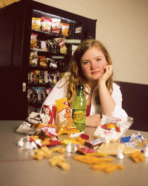 How School Snack Rules Affect Children's Weight