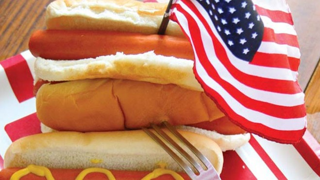 Comparing 4 Hot Dogs – Which is the Healthiest?