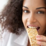 How To Choose a Healthy Snack Bar