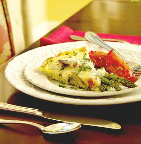 Healthy Recipe: Vegetable Frittata with Roasted Asparagus & Tomatoes