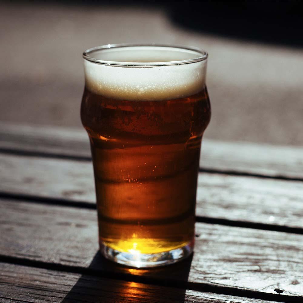 The Difference Between Light & Regular Beer